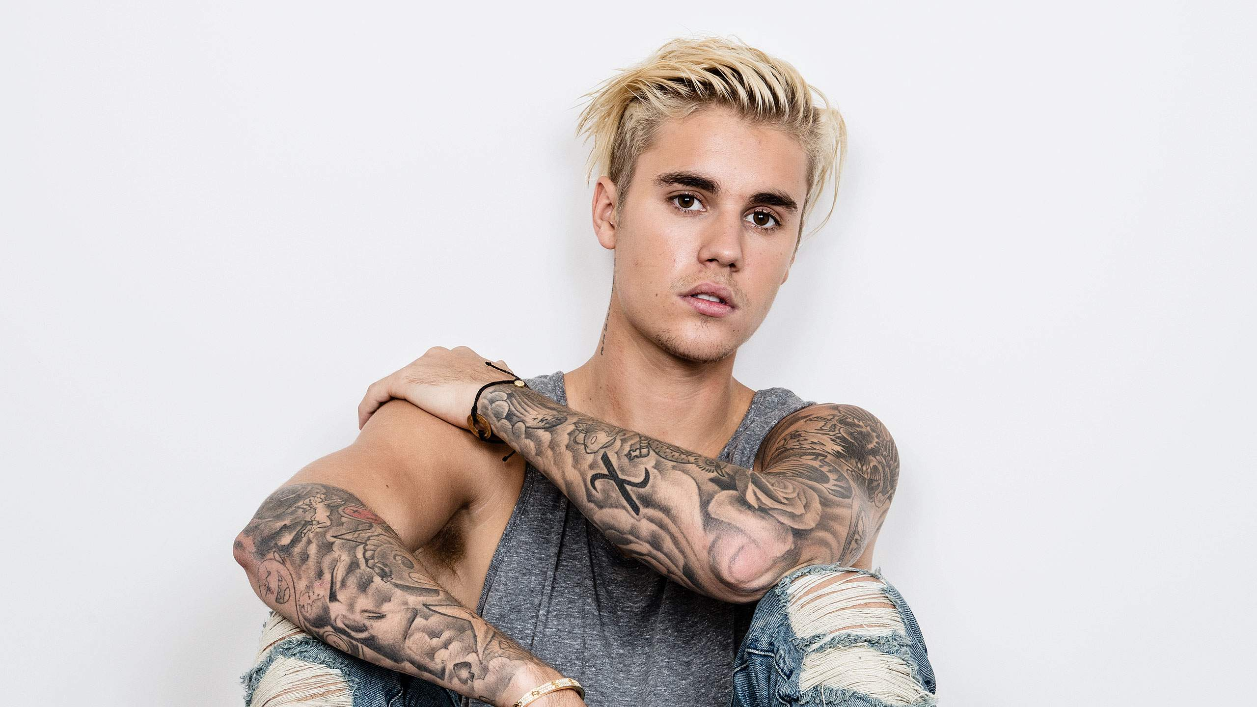 Who is justin beiber dating in Melbourne